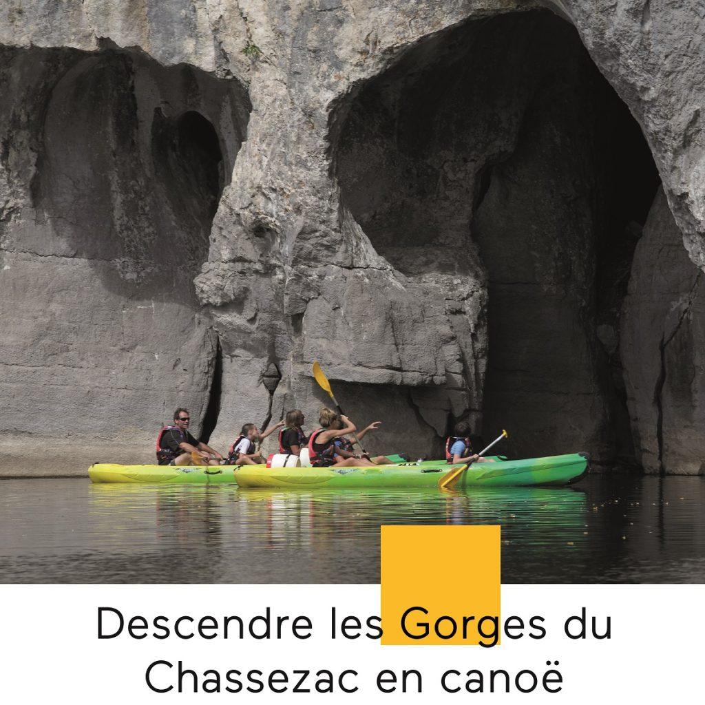 Faire une descente en canoe dans les gorges du chassezac