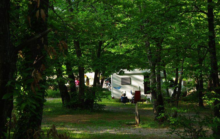 camping gravières la chataigneraie vue générale