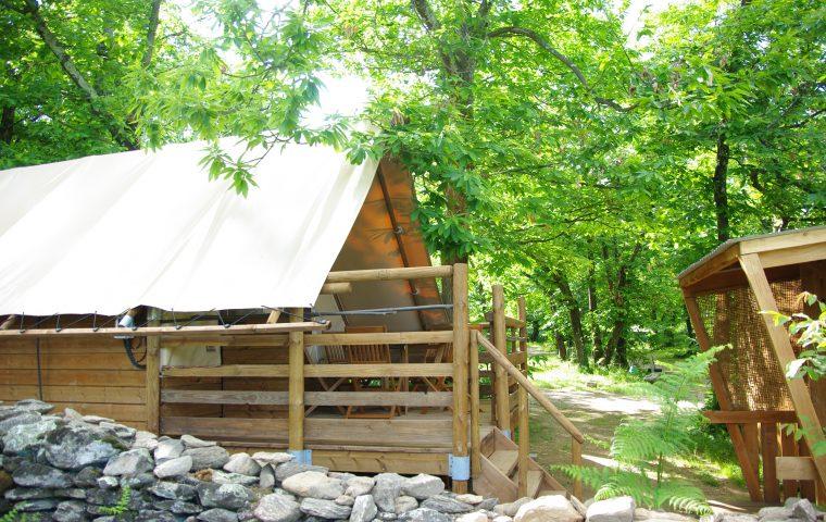 cabane gravières camping la chataigneraie