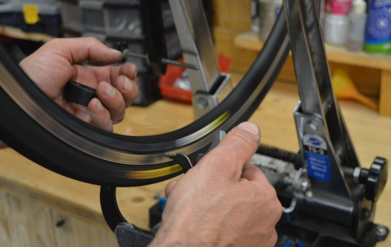 entretiens et reparations tous types velos amc7