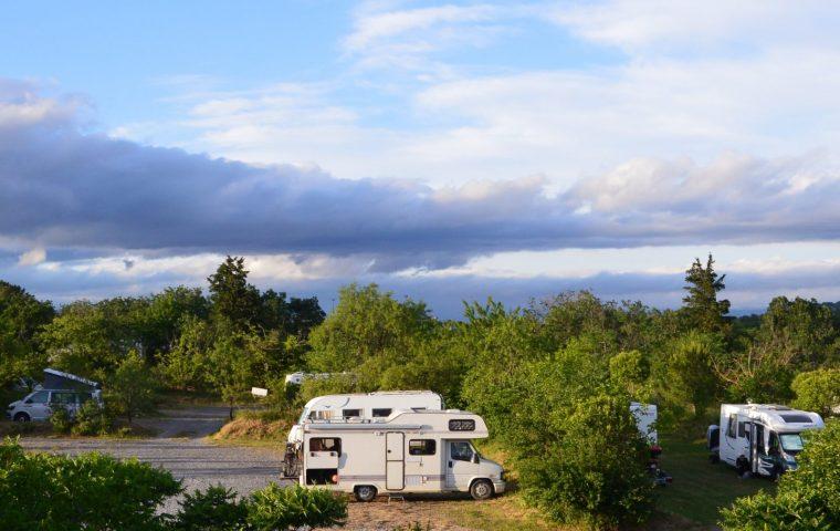 aire de camping Car sud Ardèche